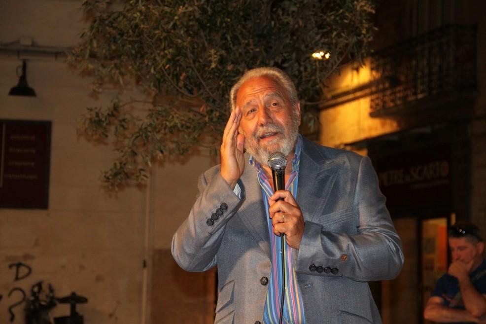 Antonio Caprarica giornalista