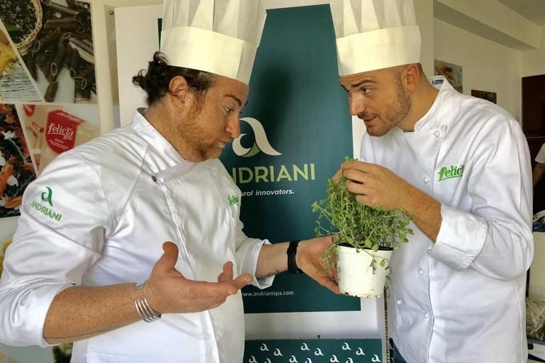 Massimo Buono e Giovanni Cifarelli al SIAL di Parigi