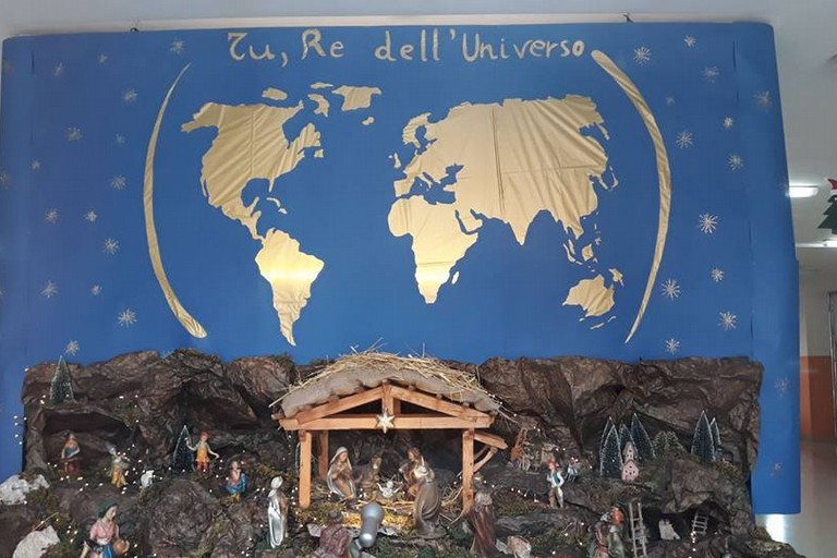 Presepe Tu Re dell'Universo