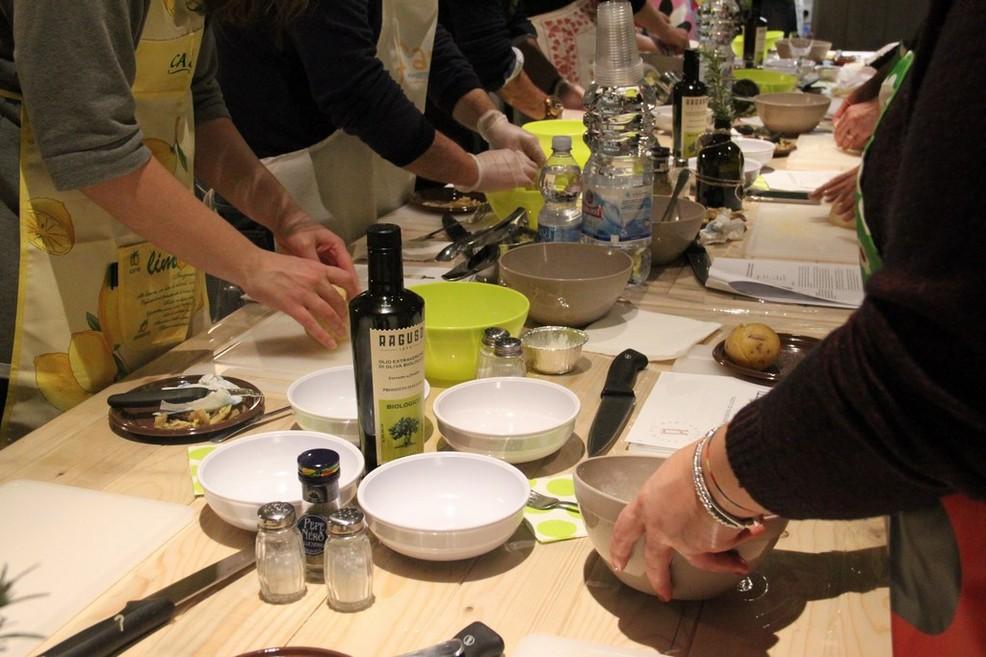 Laboratori e corsi di cucina al Frantoio Raguso