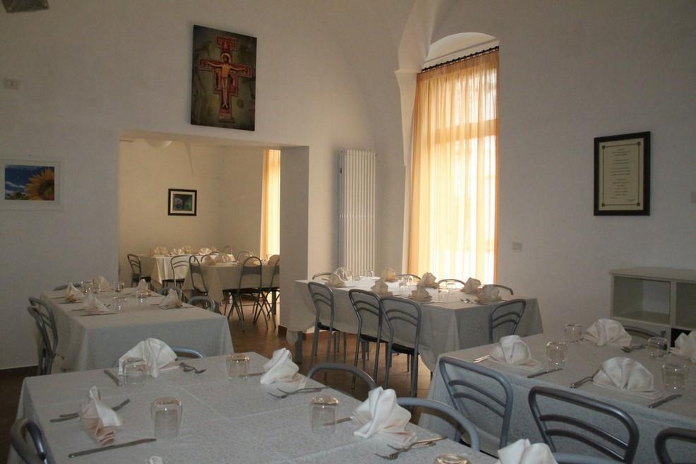 """La mensa """"Perfetta Letizia"""" riapre le porte ai bisognosi"""