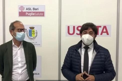 Visita del Dg dell'Asl al centro vaccinale di Gravina