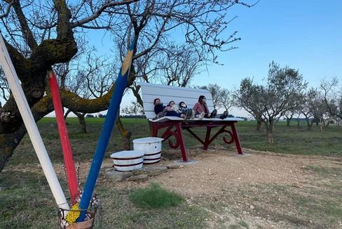 Una Big Bench sulle campagne gravinesi