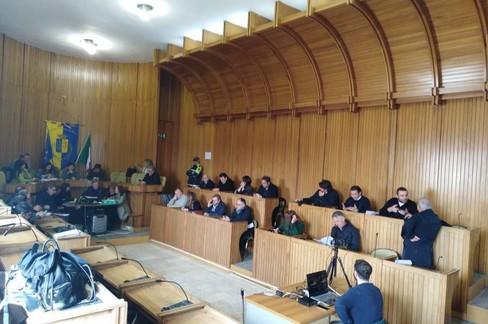 Consiglio comunale, prima convocato e poi annullato