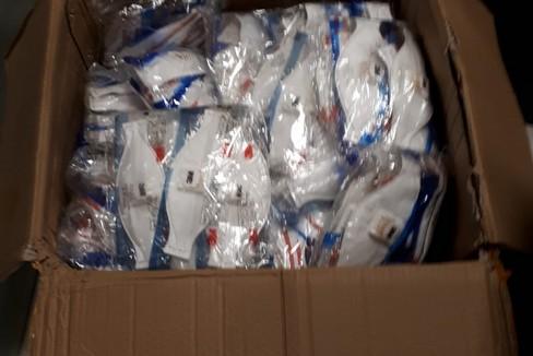 Tute e mascherine inviate dall'estero per l'ospedale