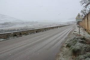 Strada neve ghiaccio