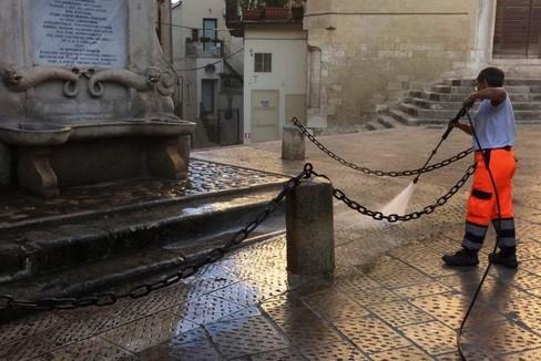 Lavaggio nel centro storico