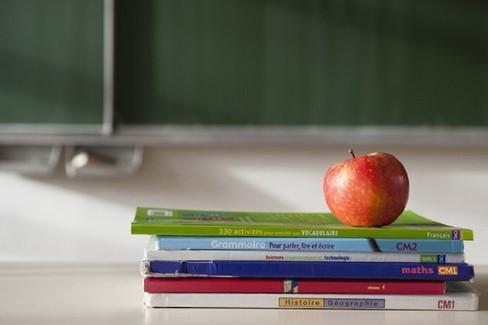 Scuola: libri di testo per famiglie a reddito basso