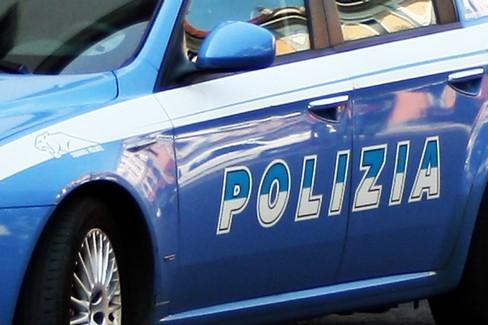 Minaccia operatrice di comunità educativa e fugge, arrestato 17enne