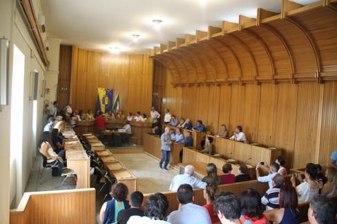 Azzerare le commissioni consiliari per salvare la maggioranza