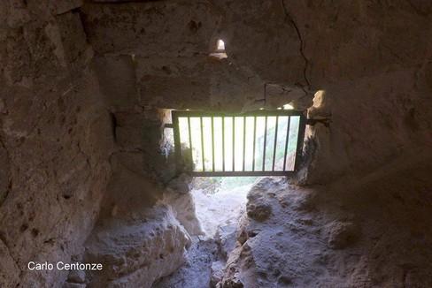 San Michele delle Grotte