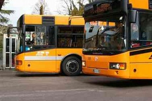 Autobus cittadini, raddoppio dei servizi a Gravina
