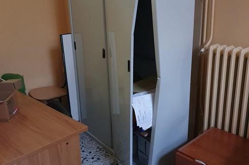 Chiusi uffici comunali per danneggiamento