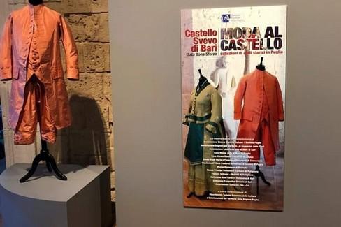 mostra moda al castello