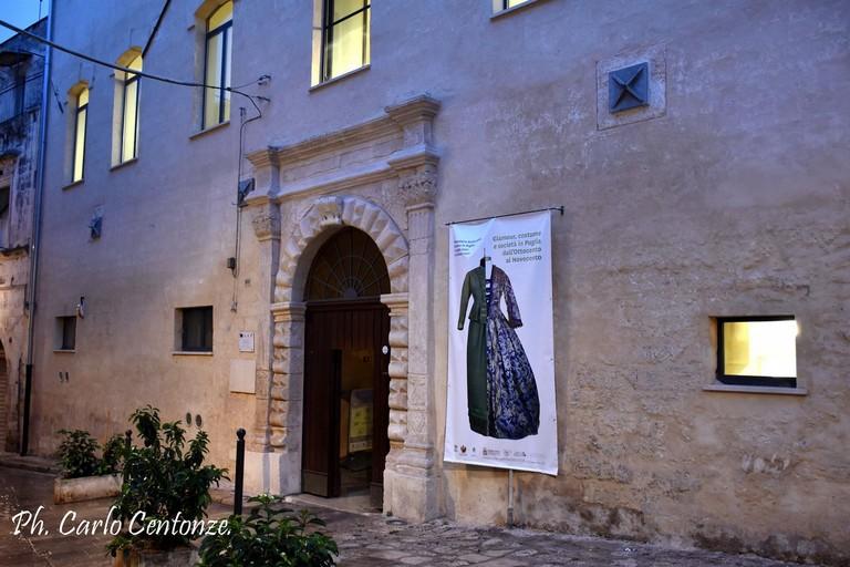mostra abiti Fondazione Santomasi- foto Carlo Centonze