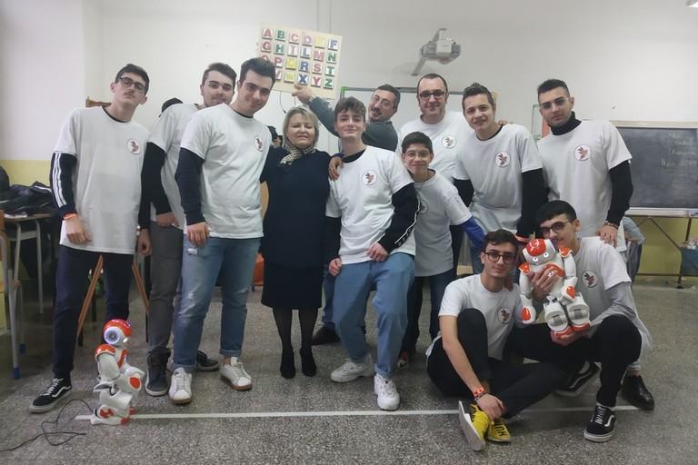 Ragazzi e docenti del Bachelet-Galilei finalisti del nao Challenge