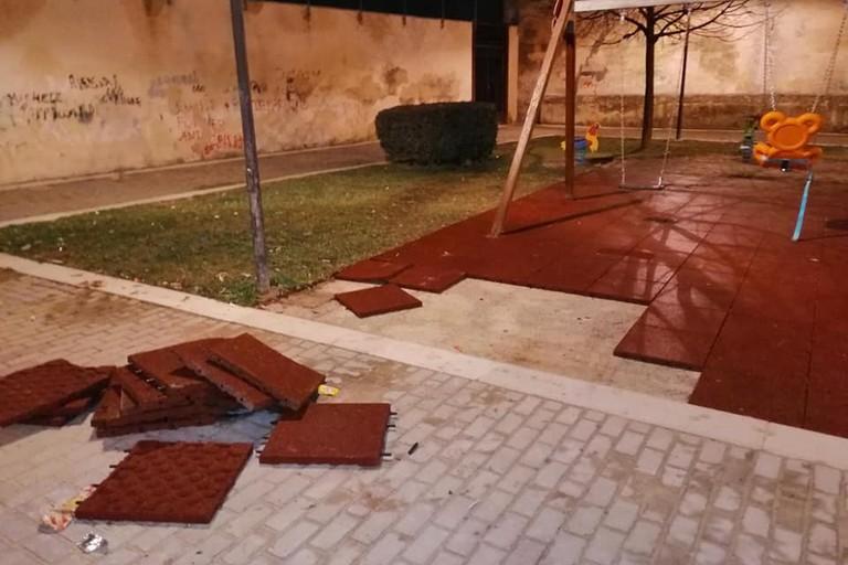 parco giochi adiacente il S.S. Crocifisso