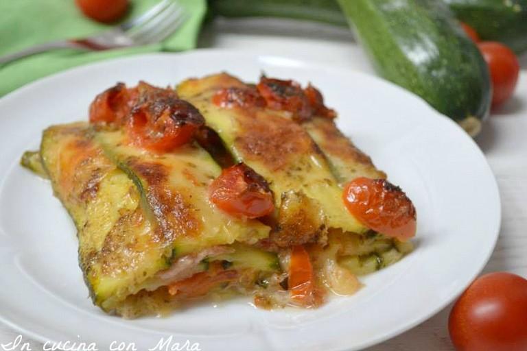 """Ricetta Salata """"Pasticcio di Zucchine alla Pizzaiola"""""""