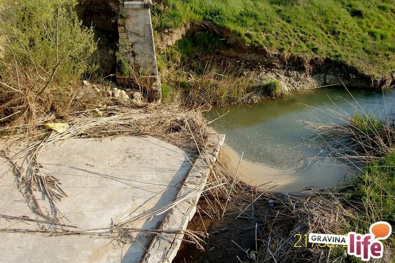 Ponte sul torrente Pentecchia