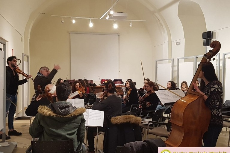 Prove d'orchestra per il concerto di Pasqua