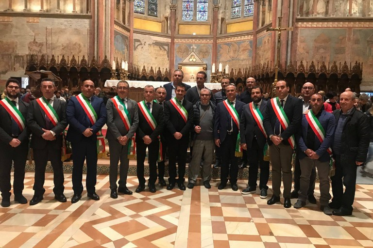 Donazione olio alla Basilicata di Assisi