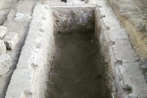 tomba Botromagno